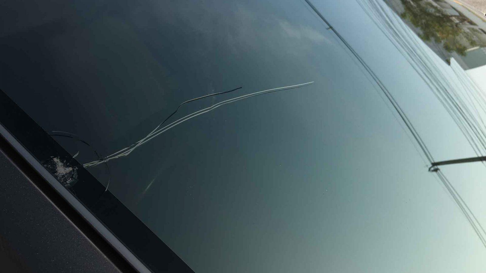 cracked windshield tucson az