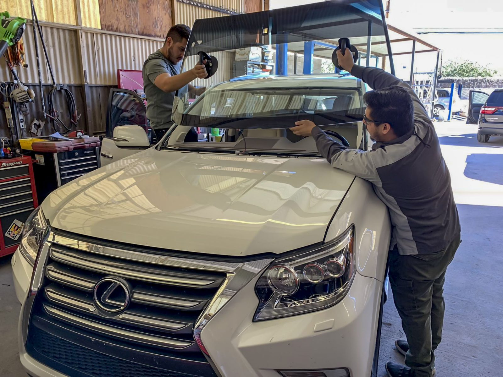 windshield repair in tucson